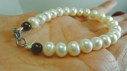 天然 淡水珍珠 珍珠 紅石榴石 手鍊 手串 不銹鋼扣 可當禮物【喬安水晶】